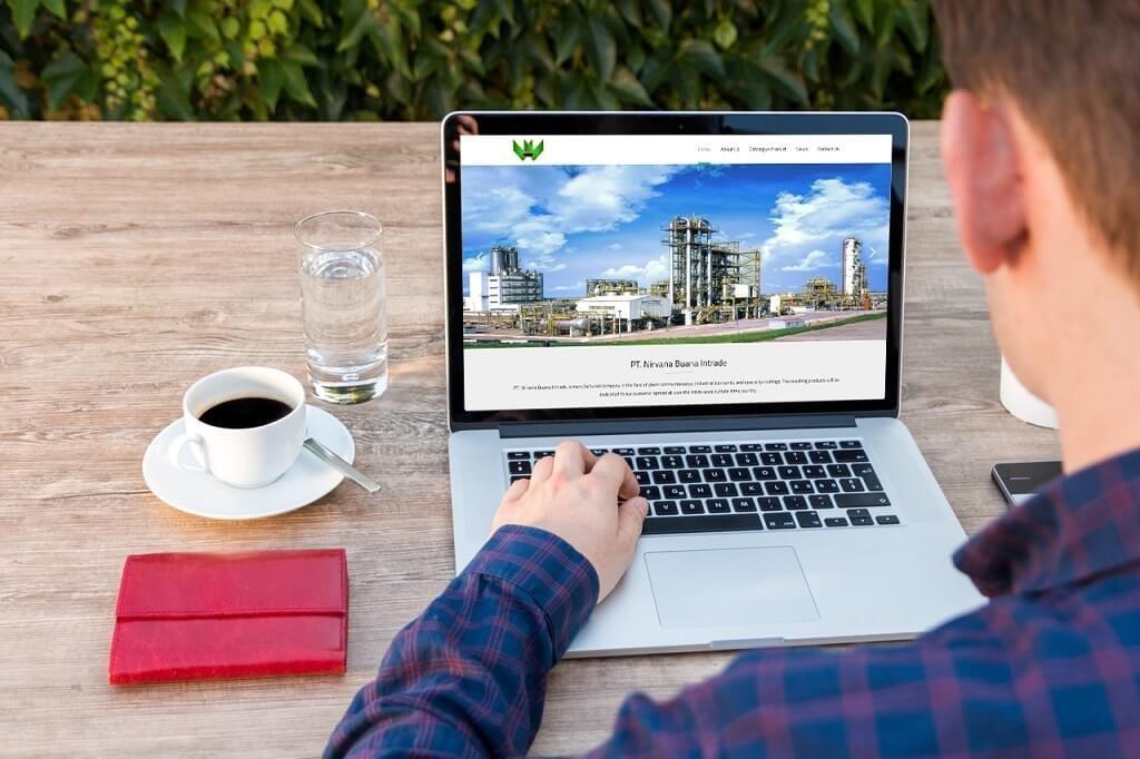 Jasa Pembuatan Website Perusahaan Manufaktur